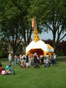 giraffe inflatable 2